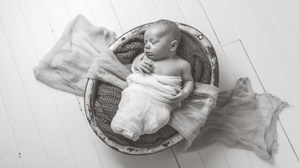 Loga Utah Newborn Photographer-9773.jpg