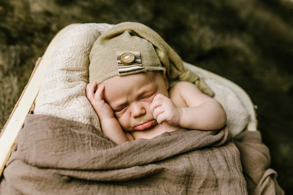 Loga Utah Newborn Photographer-9811.jpg