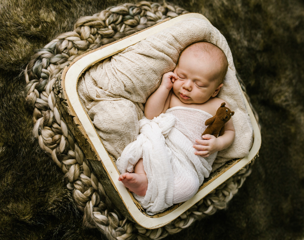 Loga Utah Newborn Photographer-9820.jpg