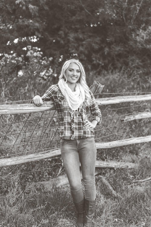 Malad Idaho Senior Photographer-9088.jpg