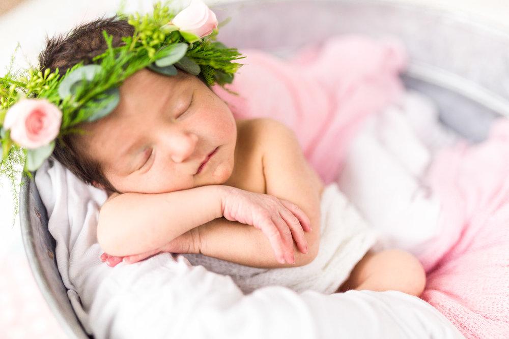 Malad Idaho Newborn Photographer-3671.jpg
