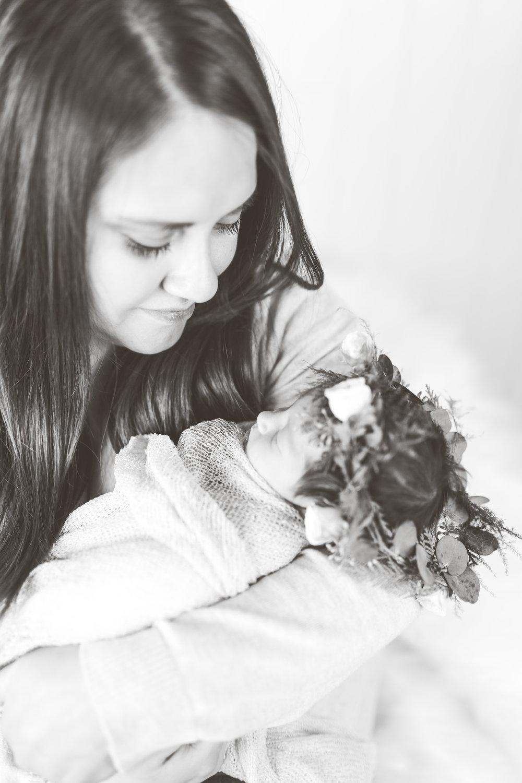 Malad Idaho Newborn Photographer-3709.jpg
