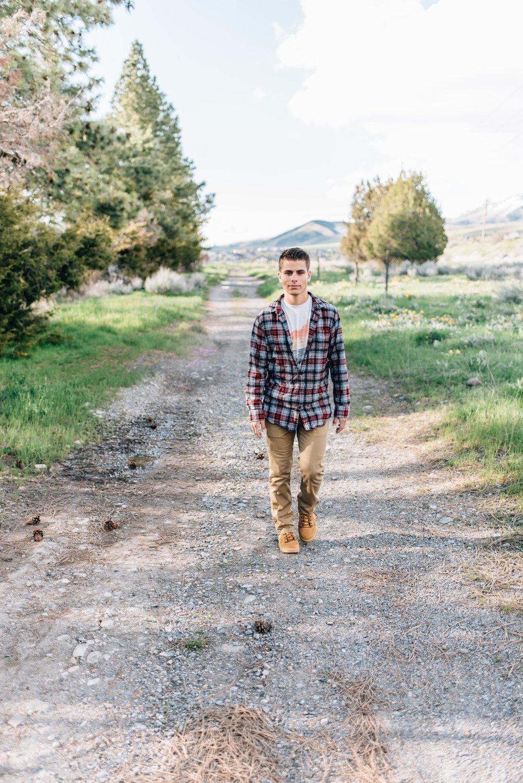 Logan Utah Senior Boy Photographer-8663.jpg