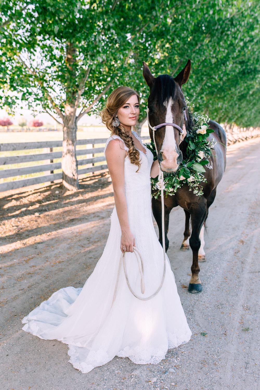 Logan Utah Western Wedding Photographer-0032.jpg