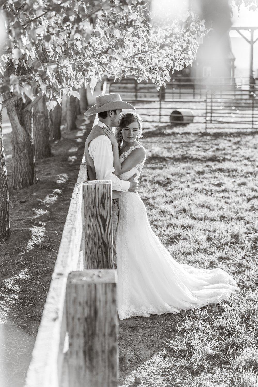 Logan Utah Western Wedding Photographer-0127.jpg