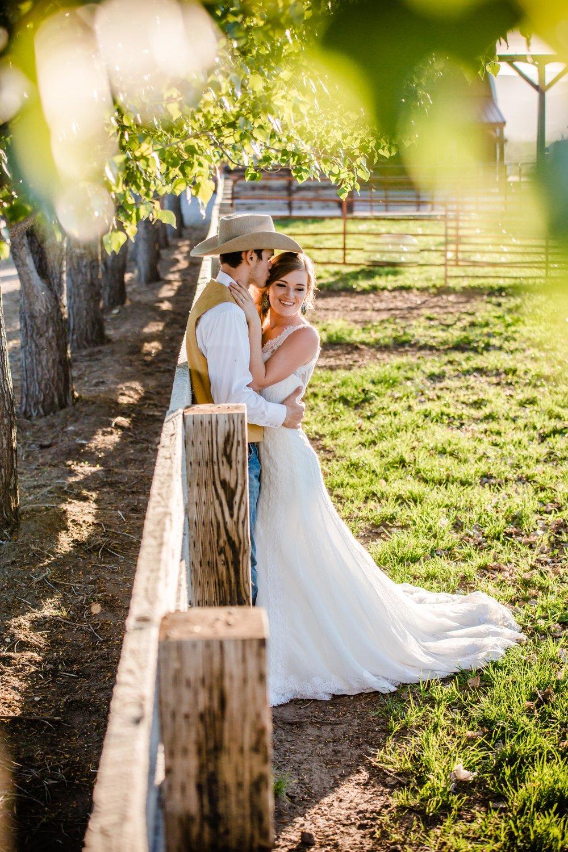 Logan Utah Western Wedding Photographer-0130.jpg