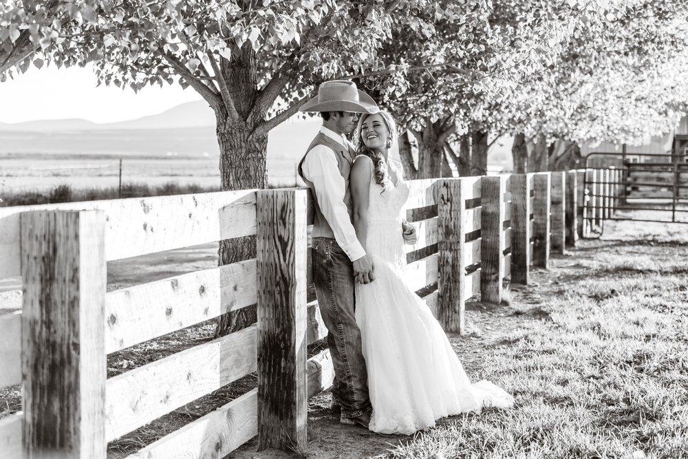 Logan Utah Western Wedding Photographer-0159.jpg