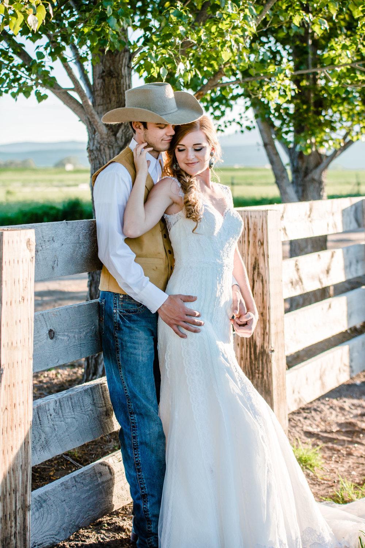 Logan Utah Western Wedding Photographer-0175.jpg