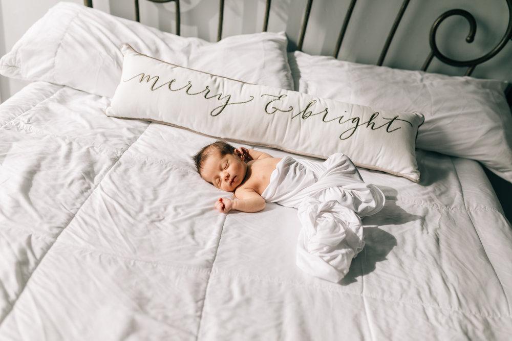 Eric Azocar Newborn-8669.jpg