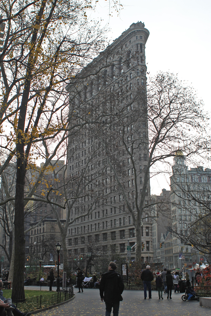Back through the park, from every angle, the Flatiron Building really is a jewel.