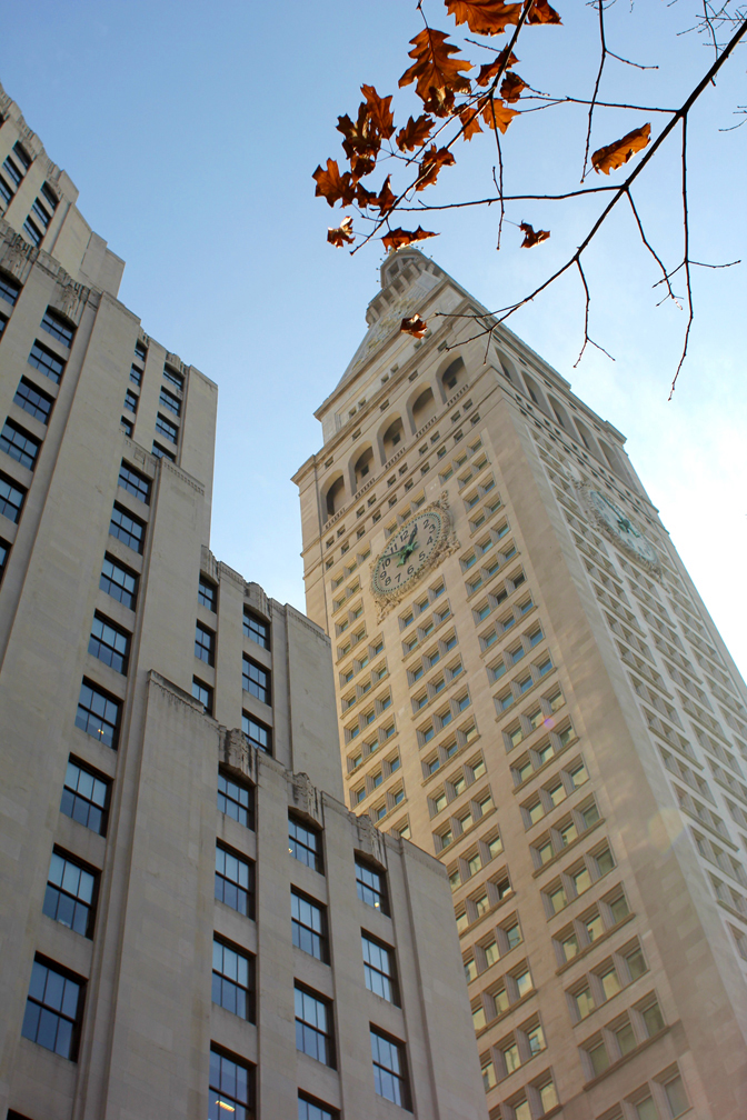 I don't think I ever really noticed the Met Life Tower before a month ago when I started working in this neighborhood. But it certainly caught my eye on one of the very first days as I looked up at it walking through Madison Square Park to the office, and from inside my building on the sixteenth floor as I gazed out onto it's East-facing clock. It's a real beauty.