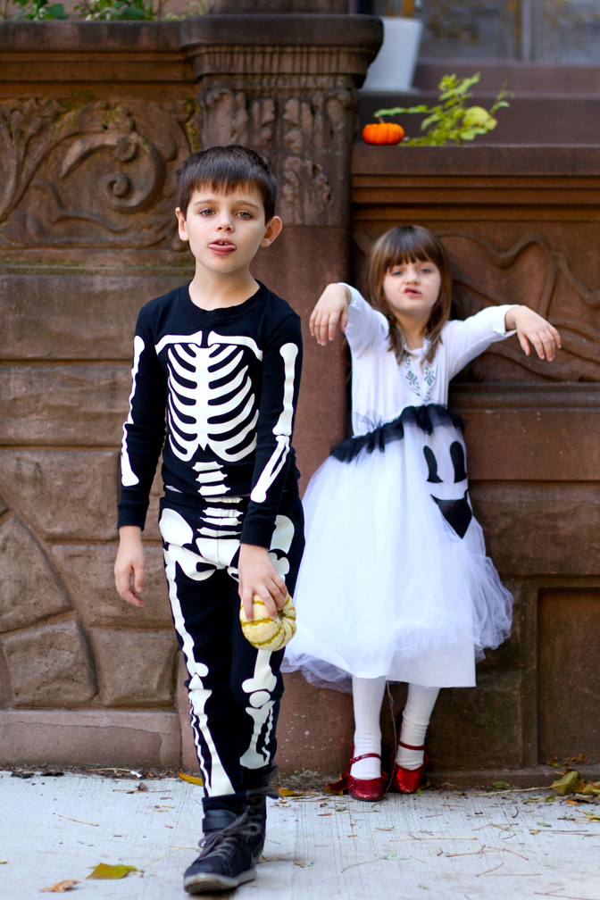 And of course Alice copies. So they're a Zombie Skeleton and a Zombie Ghost. Duh.