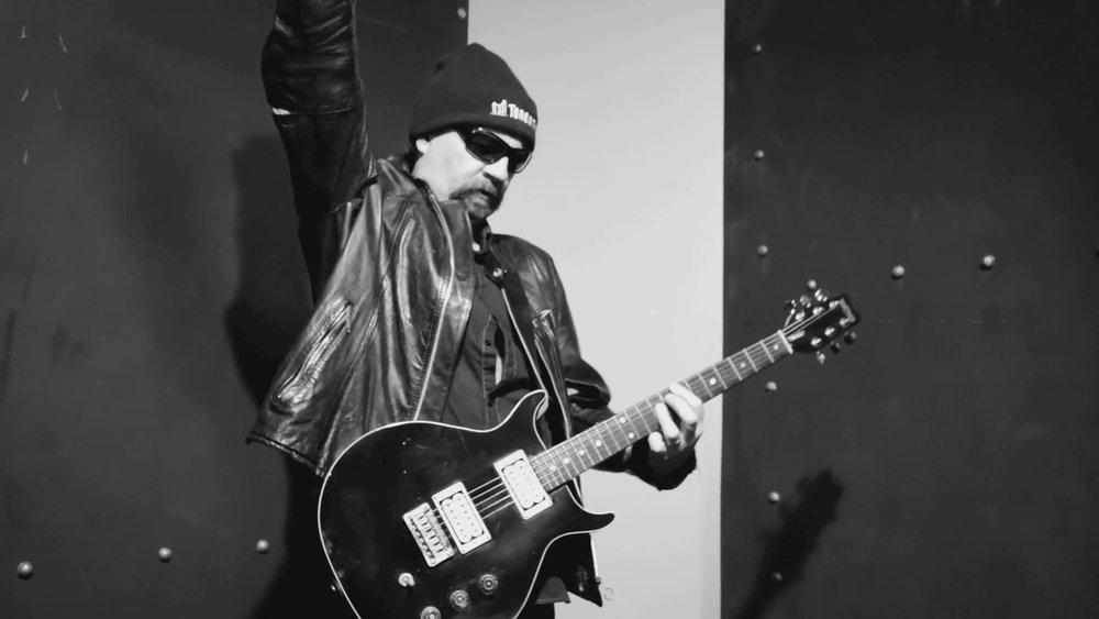 mean guitar4.jpg