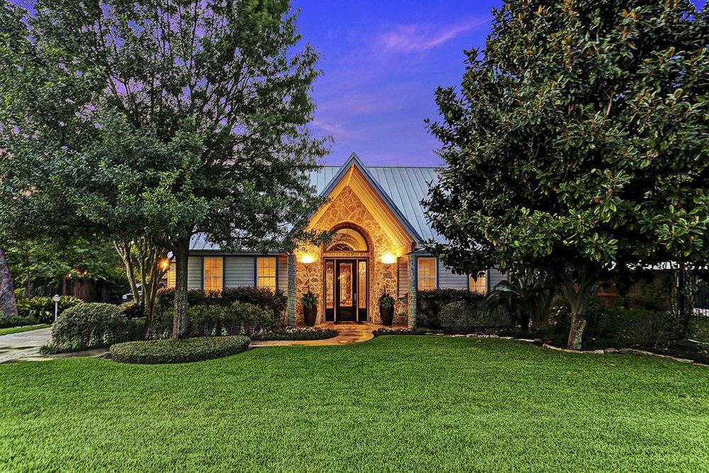 "STUNNING, RARE & FIRST TIME ON THE MARKET, A 21,781 sqft Lot in BELLAIRE For Sell!!! This is Probably the Last Time you will Ever See a property in Bellaire on the market like this!! A Home and Lot fit for Beverly Hills or The Hamptons, but resides in the Great State of Texas!!! It might not look like it from the front, but you will be ASTONISHED when you walk through the doors. I Promise, You Will Not Be Disappointed!! When you finish viewing this home, the words that will encompass the very reason you stopped by in the first place will be Relaxation Paradise, Entertaining Heaven, Family Hot Spot, and your very own 5 Star Resort. This home wasn't designed or built by a custom builder, but by an Architect himself for his family; in which the design and structure was very well thought out!!! The structural foundation is unsurpassed; like no other (details will be explained at viewing).  This home is 5,368 sqft, and features 4 Bedrooms, 4 1/2 Baths (which includes 2 Master Suites and Master Baths - 1st floor and 2nd floor), 3 Fireplaces, 2 Wet Bars, French Doors Throughout, Huge Chef's Kitchen w/Very large Pantry, Magnificent Pool and Spa, Full Bath for Pool Guest, 2 Car Garage, Etc. To many Features and Amenities to list!! Did I forget to mention ""It Didn't Flood During Hurricane Harvey""? Well, It Didn't Flood During Hurricane Harvey!!! There, I said it!! Must See!! RARE FIND!!  The Owner is willing to Negotiate Pricing!! Open to All Respectable Offers!!   IF YOU WOULD LIKE MORE INFO & TO SEE THIS PROPERTY - PLEASE GO TO MY CONTACT PAGE..."