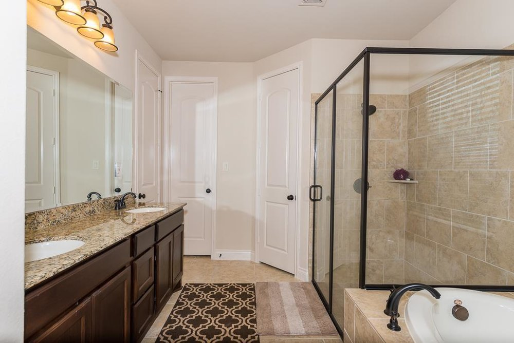 28106 Twin Knolls Lane - Master Bath.jpg
