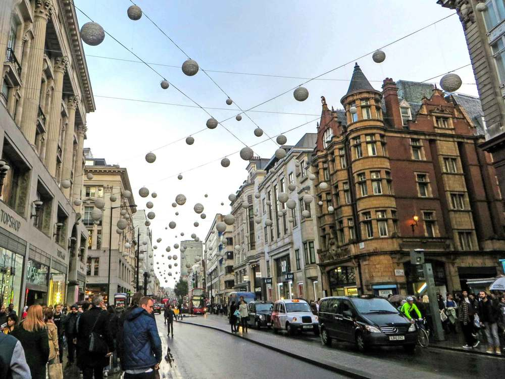 Oxford-Street-London-Shopping