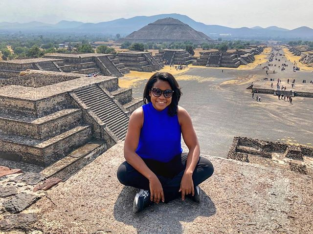 Hung out with some pyramids today 🇲🇽👌🏾