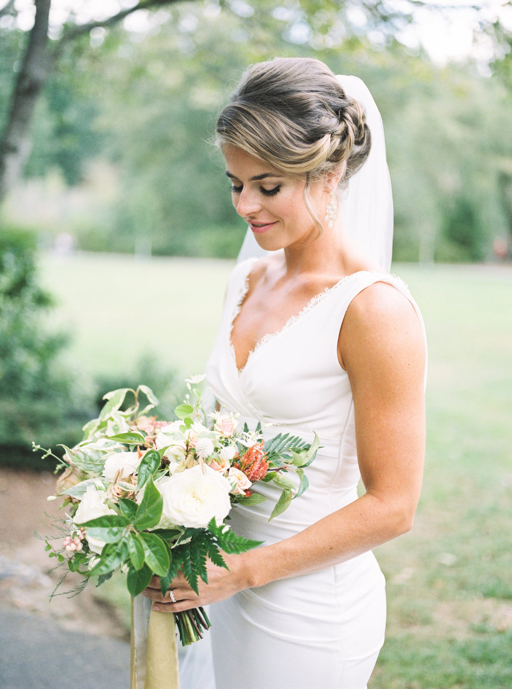 seattle washington wedding stylists — offwhite makeup and beauty