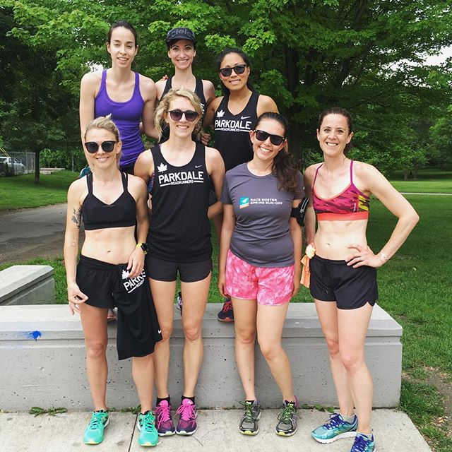 🙌 this dedicated group put in some serious work after an early morning cheersquad and race! #pdrrladies #waterfront10k #alwaysontherun #pdrr
