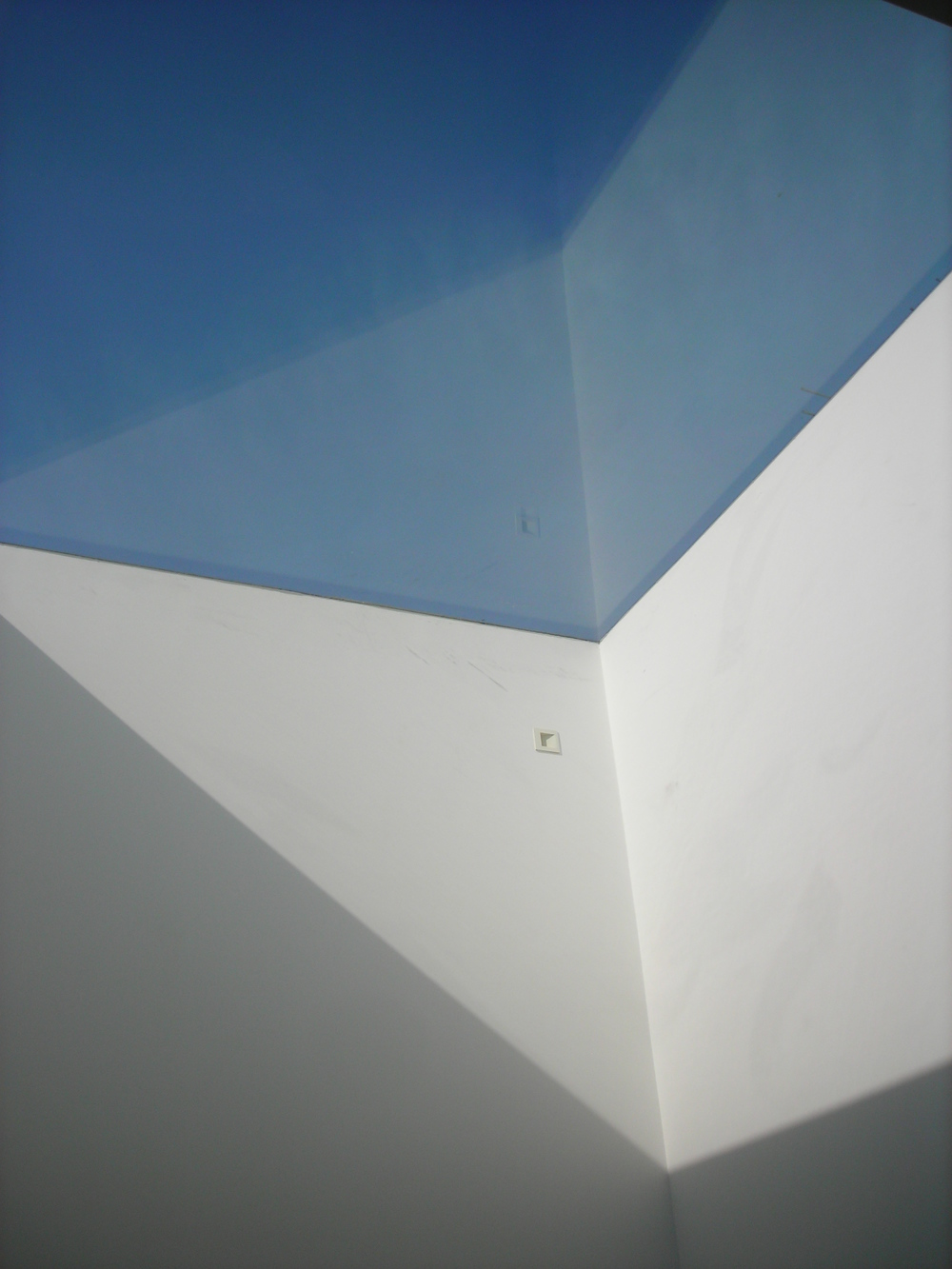 roof light for good daylighting.JPG