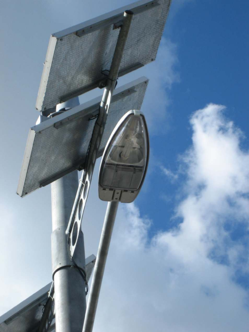 Off-grid street lighting - view of light and PV frame.jpg