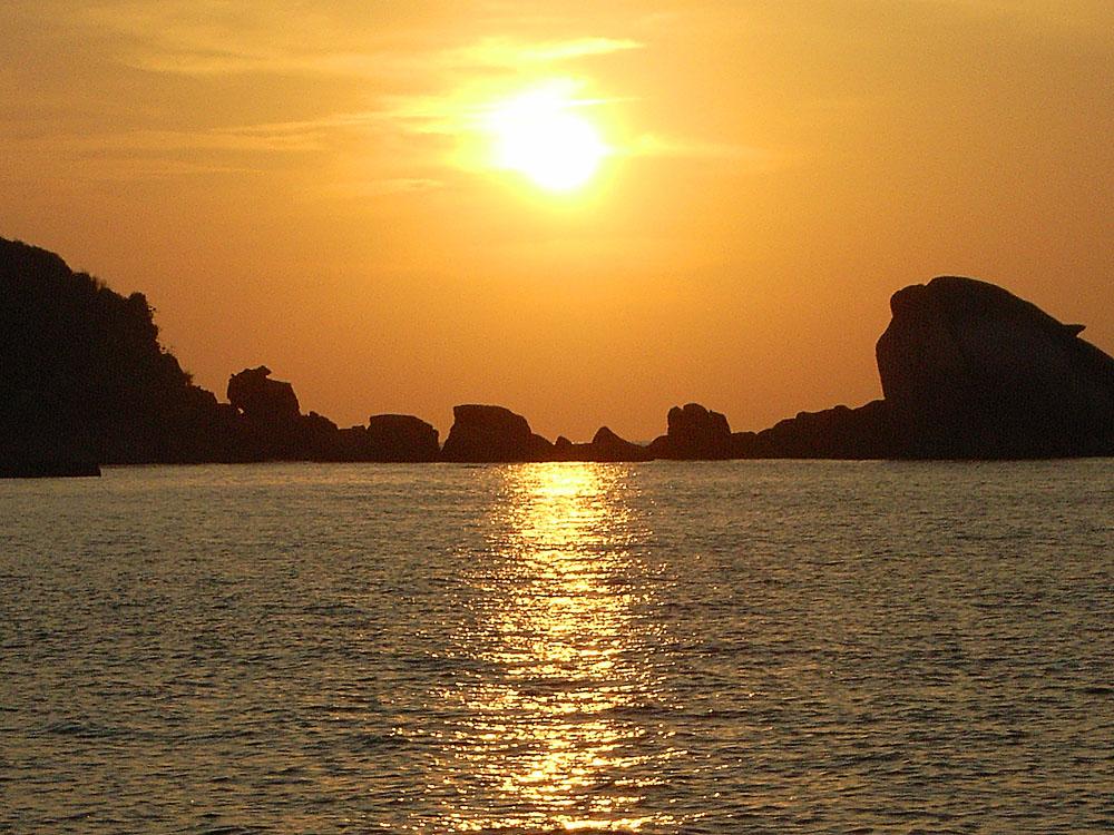016 sunrise - thailand.jpg