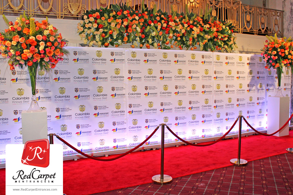 red-carpet-entrance-waldorf-astoria-nyc.jpg