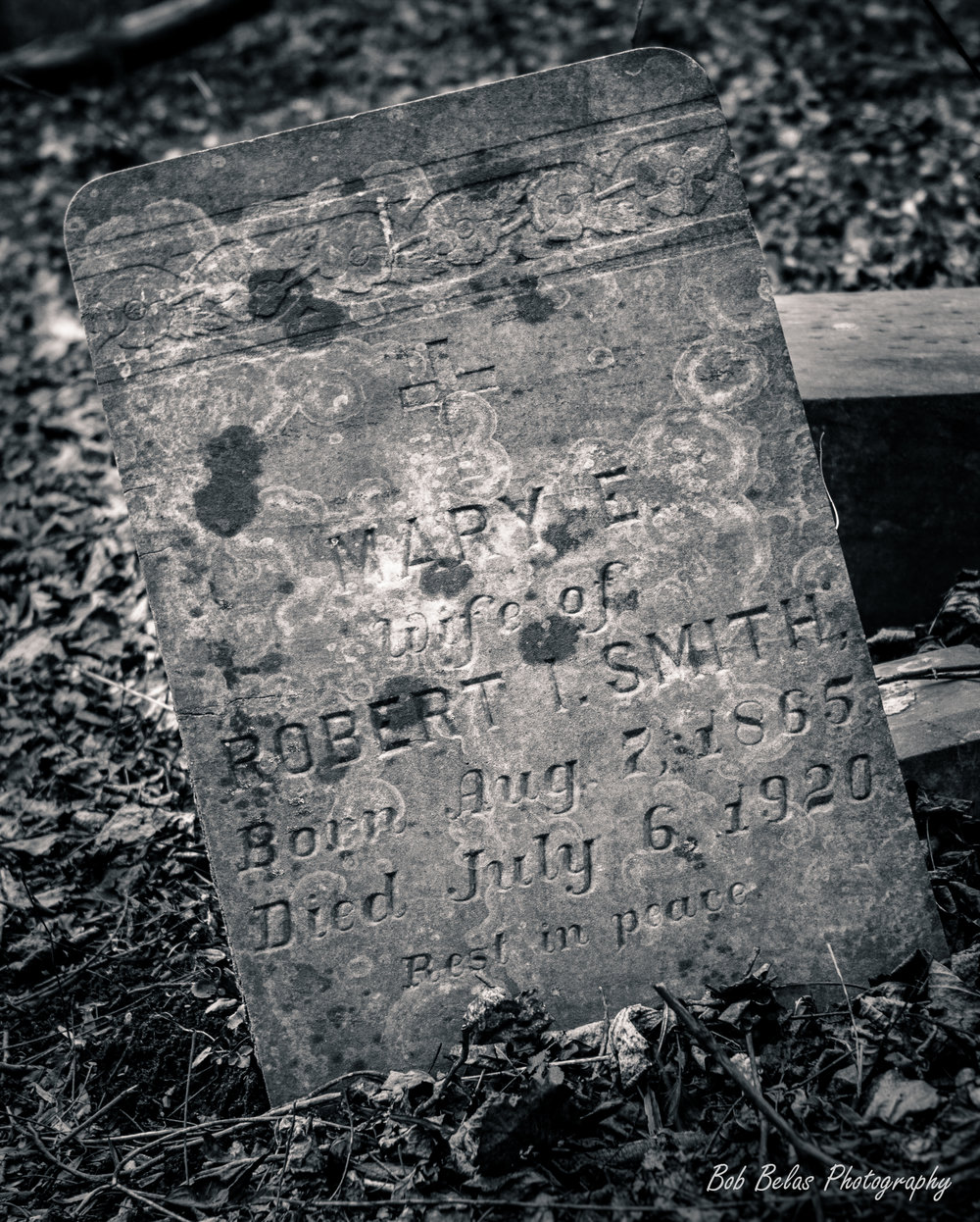 Mary Smith's Grave, monochrome