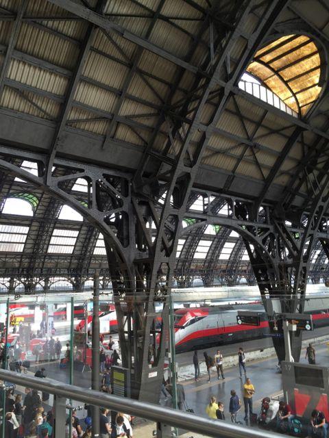 Milan-train-station.jpg