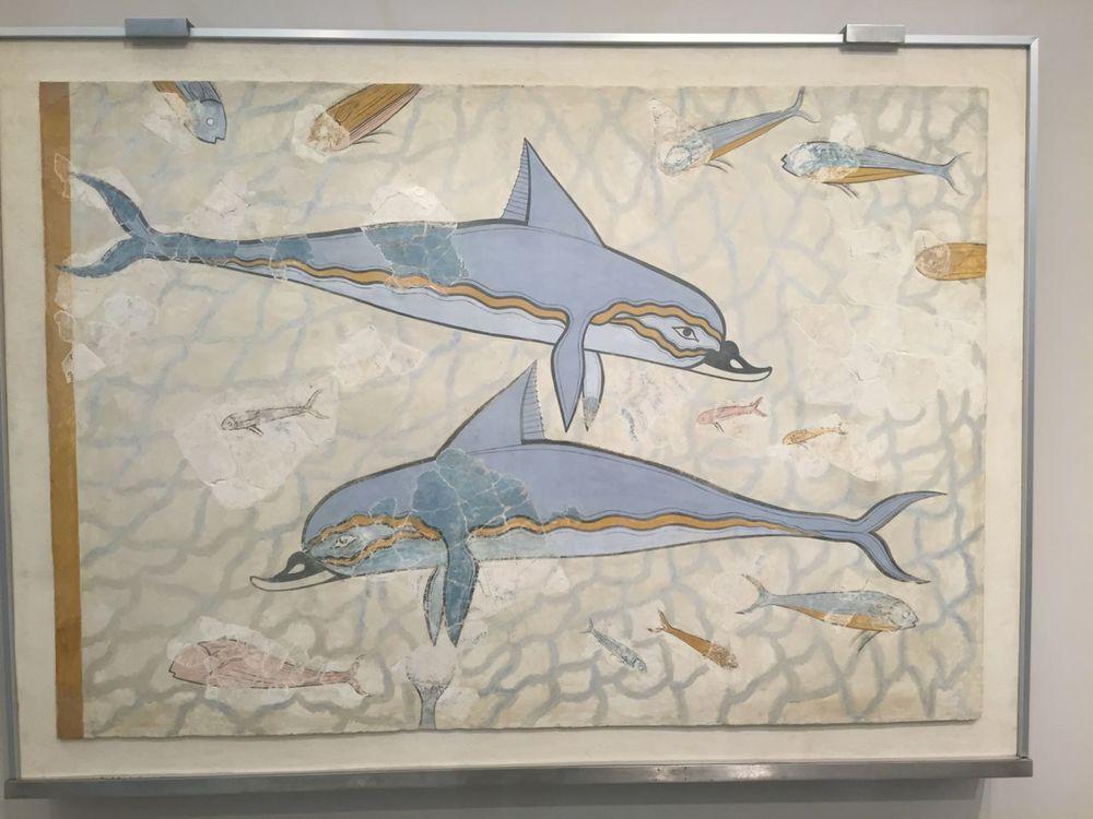 Dolphins-mural-Heraklion-museum.jpg