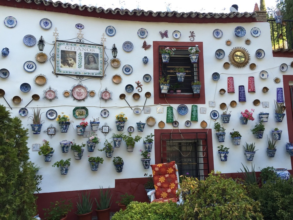This house along the main road through the Sacromonte in Granada serves as a memorial to many of the gitanos living there who perished in floods in past decades.