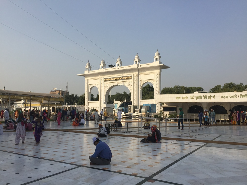 The courtyard of the Sikh Gurudwara Bangla Sahib in Delhi.