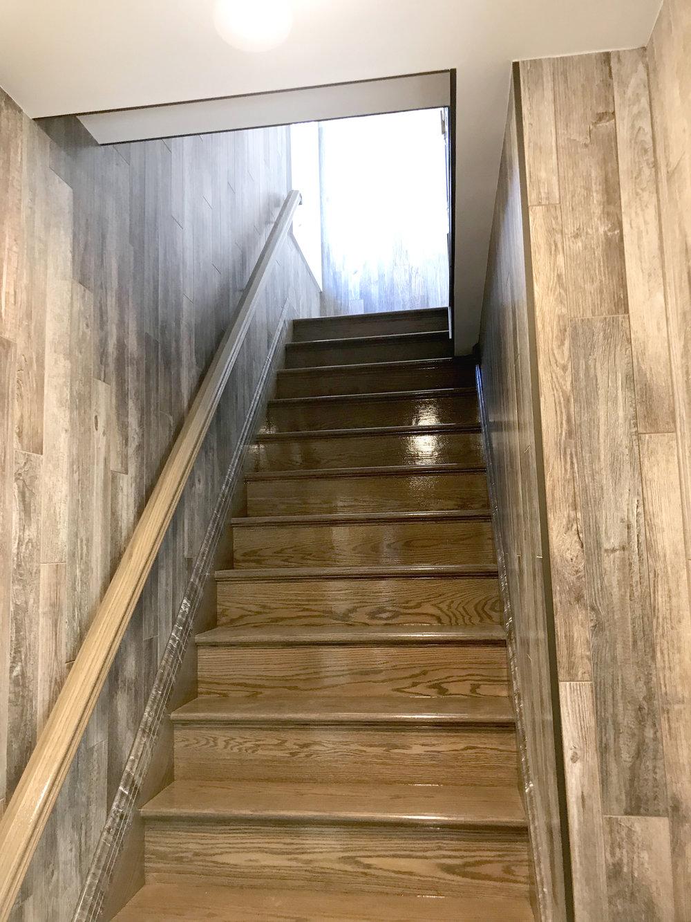 woodgrain-stairs-1.jpg