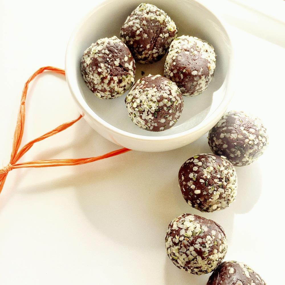 b naked chocolates
