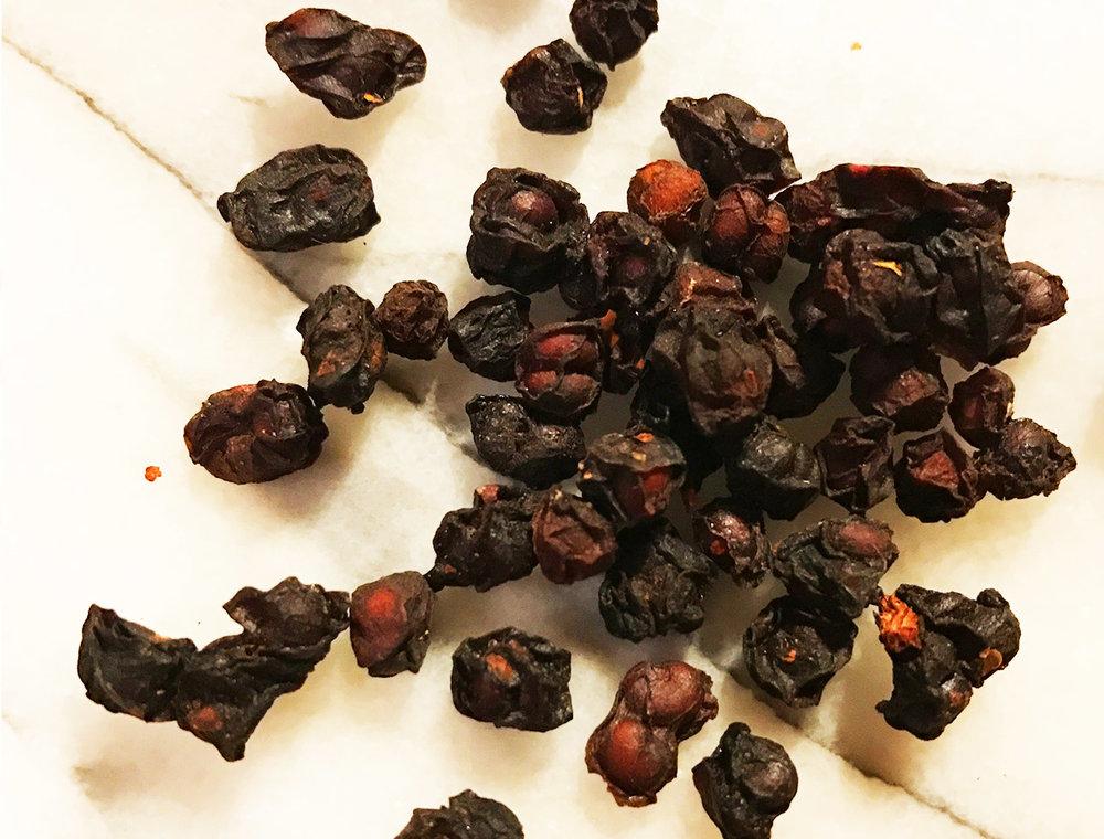schisandra tea 2.jpg