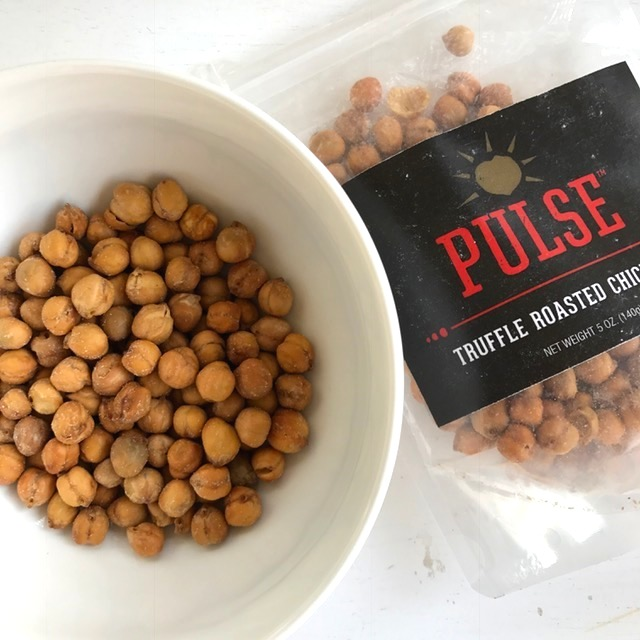 Healthy snacks instead of potato chips - Pulse Roasted Chickpeas