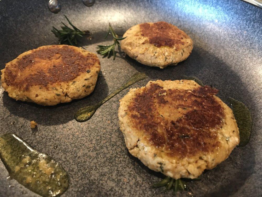 Easy breakfast - tempeh sausage patties.jpg