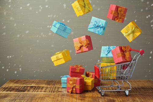 shopping+gift+gifting.jpeg