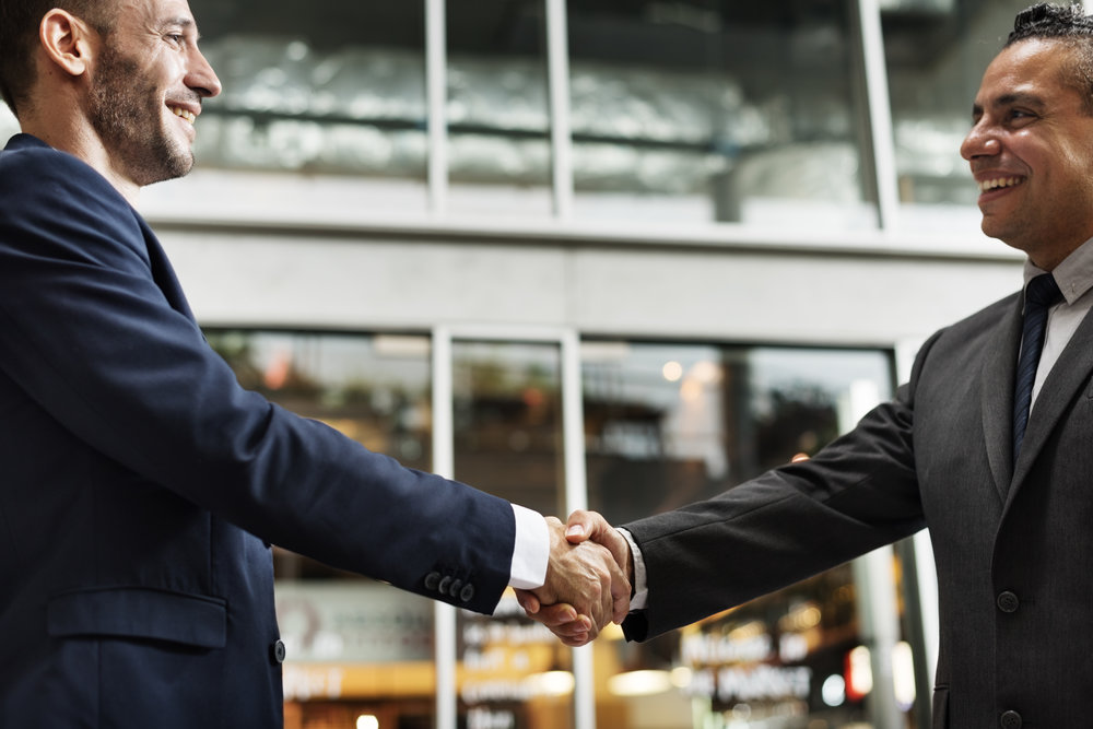 business-handshake-success-deal-concept-PQ4E2GE.jpg