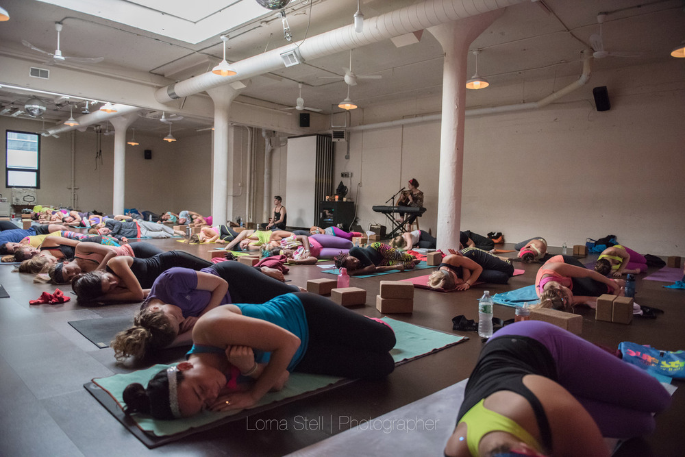 Boston Event Photography | 80s Yoga with The Good Ones | Lorna Stell | Photographer