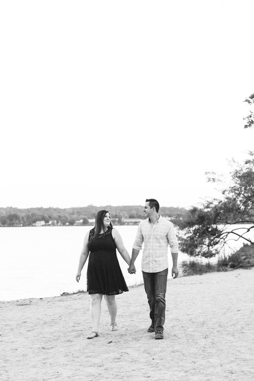 Katelyn + Joe | Summer Sunset Lake Quannapowitt Wakefield Engagement Session | Boston and New England Wedding Photography | Lorna Stell Photo