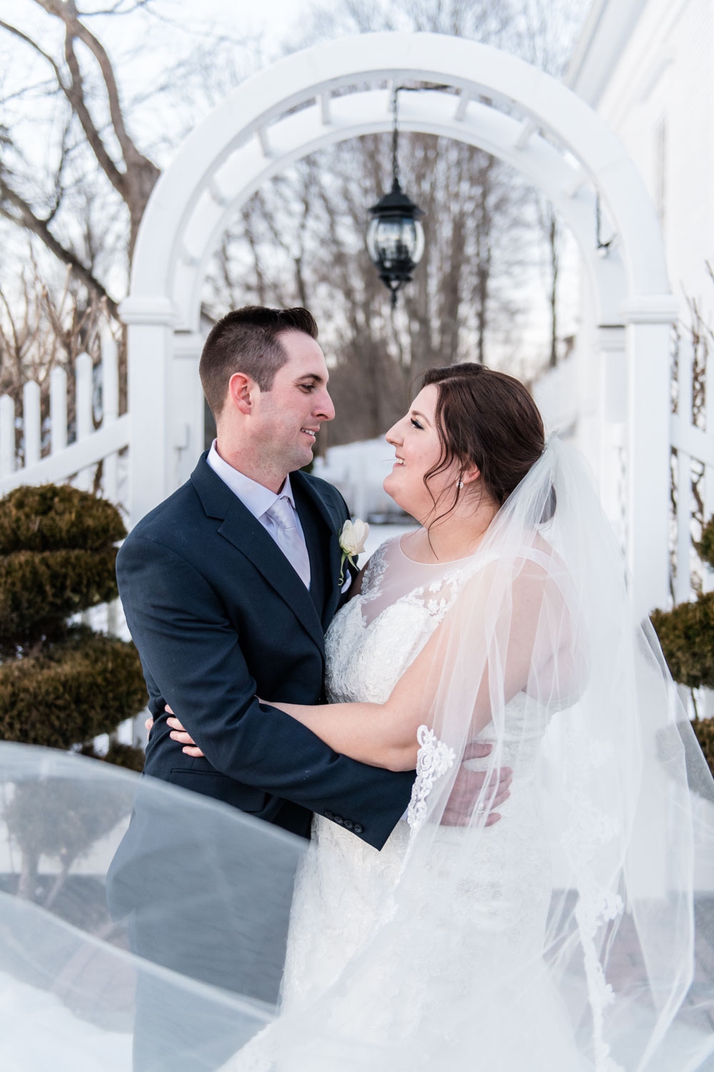 Katelyn + Joe | St. Patrick's Day Topsfield Commons Spring Wedding | Boston and New England Wedding Photography Portraits with Cathedral Veil | Lorna Stell Photo