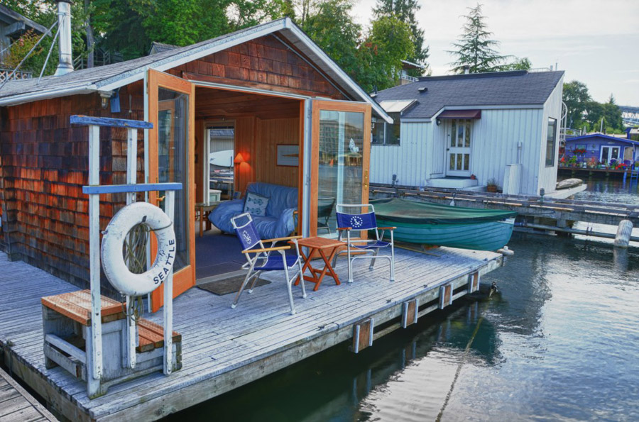 floating-pied-a-terre-1.jpg