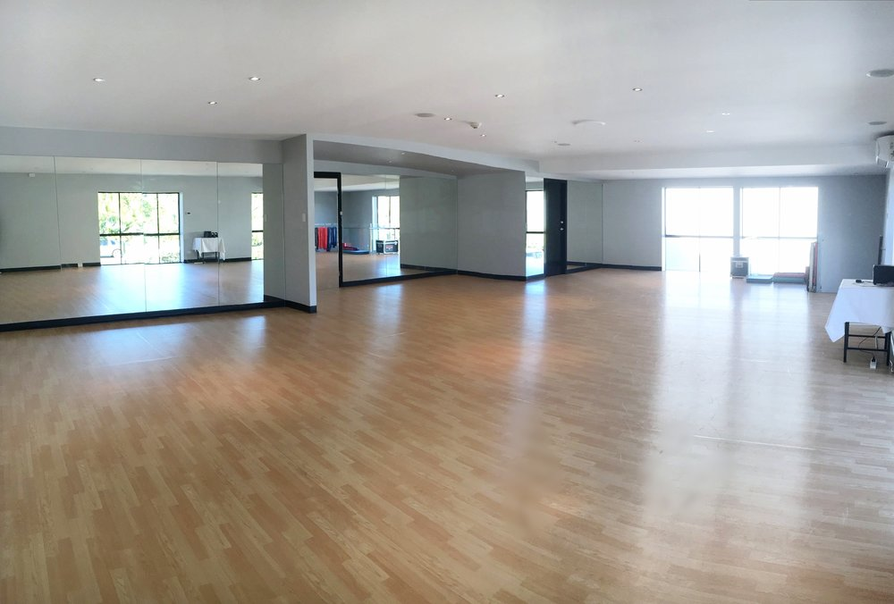 'Off-Broadway' - Fitness, Private Dance and Film & TV Studio