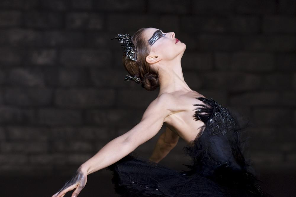 black-swan-02.jpg