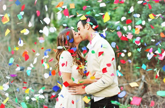 https://www.brit.co/colorful-engagement-photos/?utm_campaign=pinbutton_hover