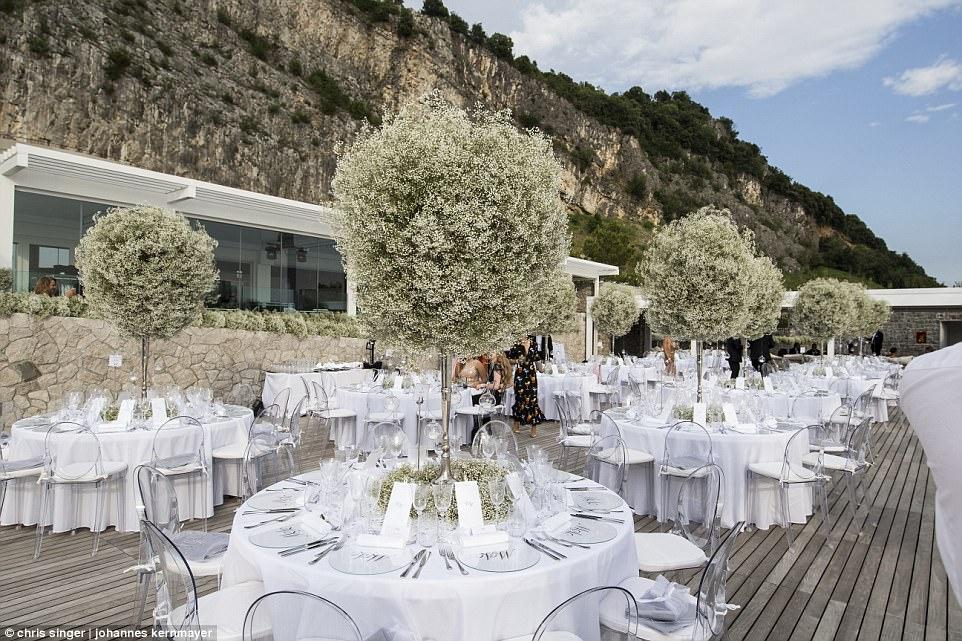 over the top weddings41959E9F00000578-4622612-image-a-68_1497982940511.jpg
