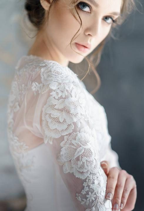 embroidered-lace2.jpg