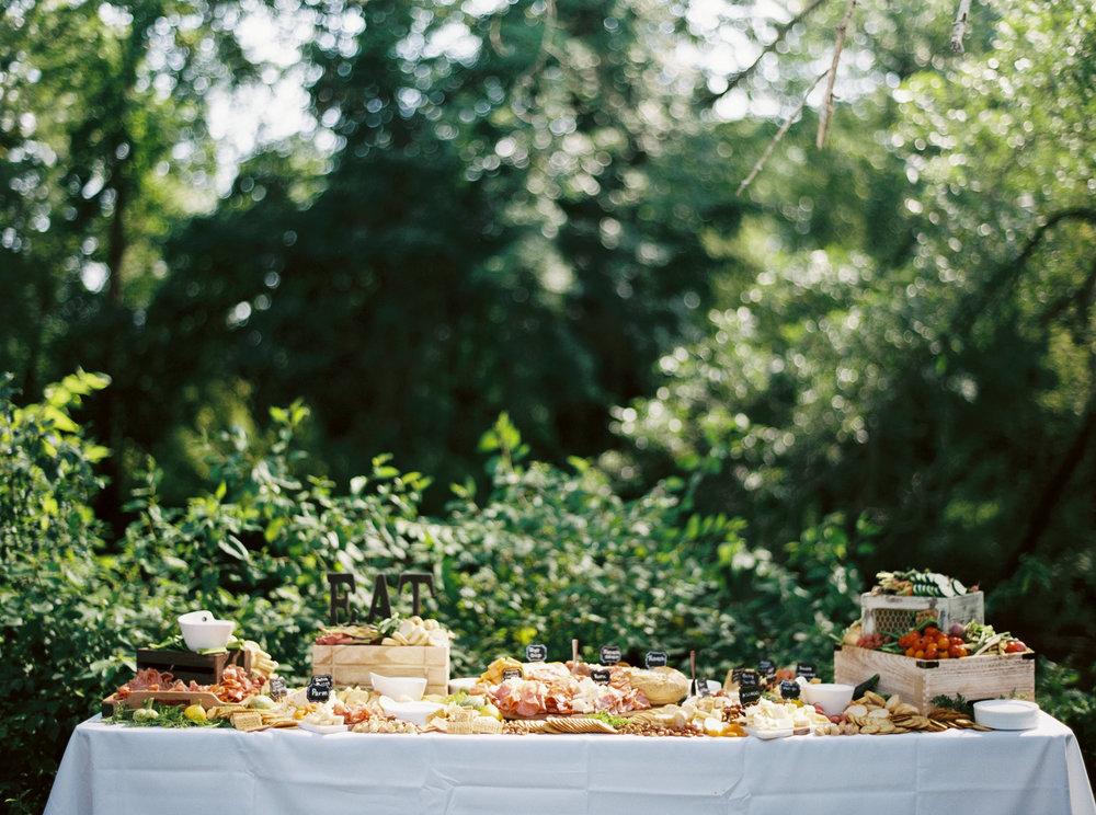 Alexandra-Elise-Photography-Ali-Reed-Sam-Allen-Wedding-2017-Reception-003.jpg