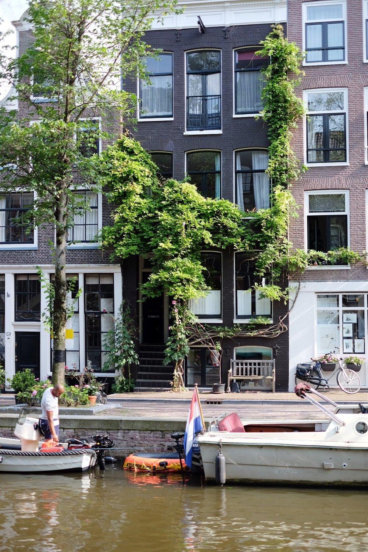 Jordaan Canal Amsterdam